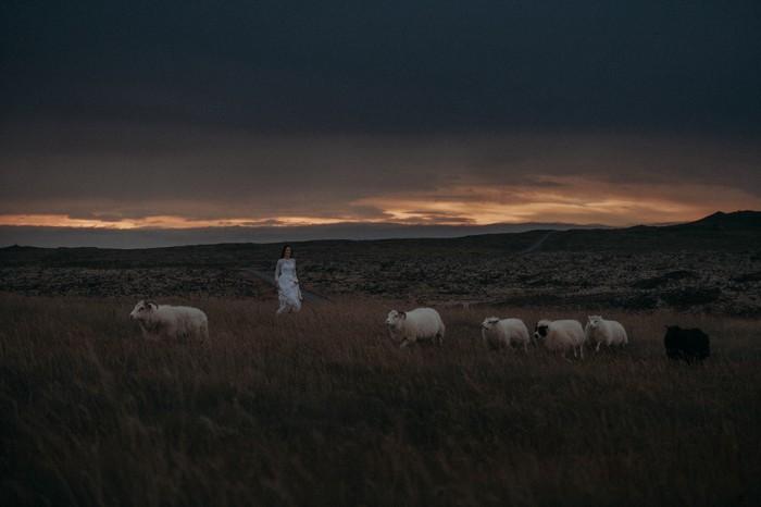 Sunset-Iceland-wedding