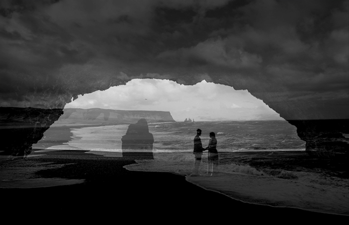 Black-beach-vik-Elopement